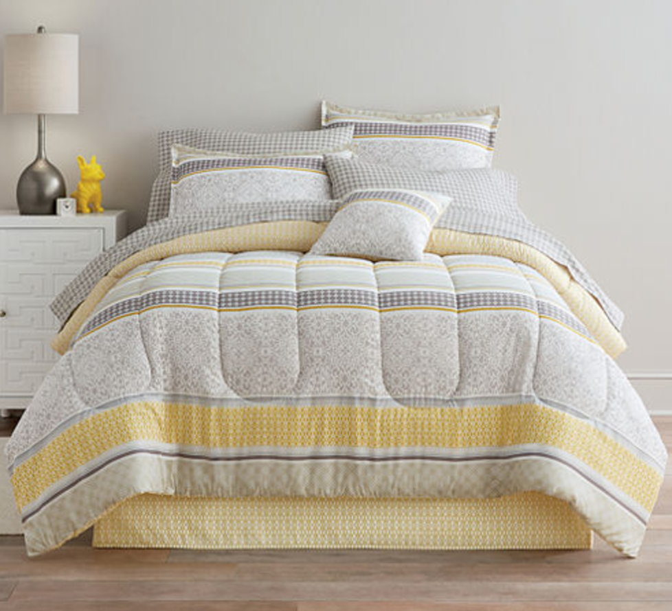 Home Expressions plete Bedding Set w Sheets $28 at